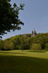 castel coch red castle